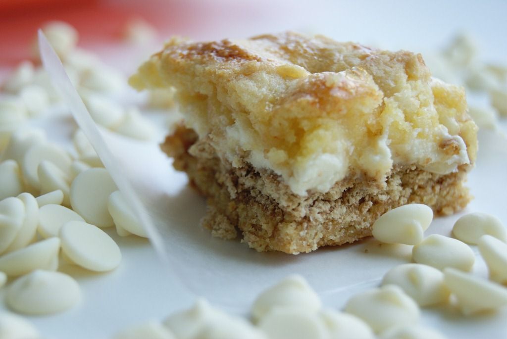 ... cake bars gooey white chocolate fluffernutter cake bars gooey white